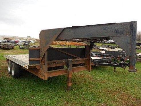 Custom Built Gooseneck Flatbed Trailer – $ 2,000
