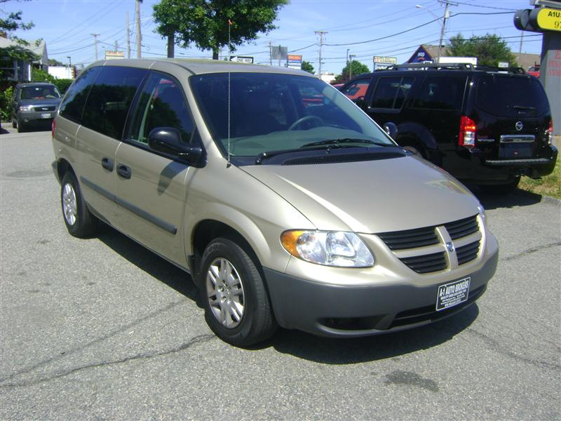 2006 dodge caravan se for sale salem ma 4 cylinder gold id 501573328. Black Bedroom Furniture Sets. Home Design Ideas