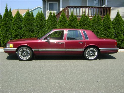 1990 Lincoln Town Car Burgandy M Ma