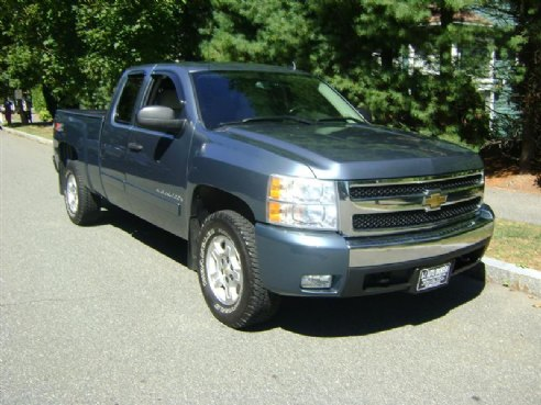 Lovely 2007 Chevrolet Silverado 1500 LT W/2LT BLUE, Salem, MA
