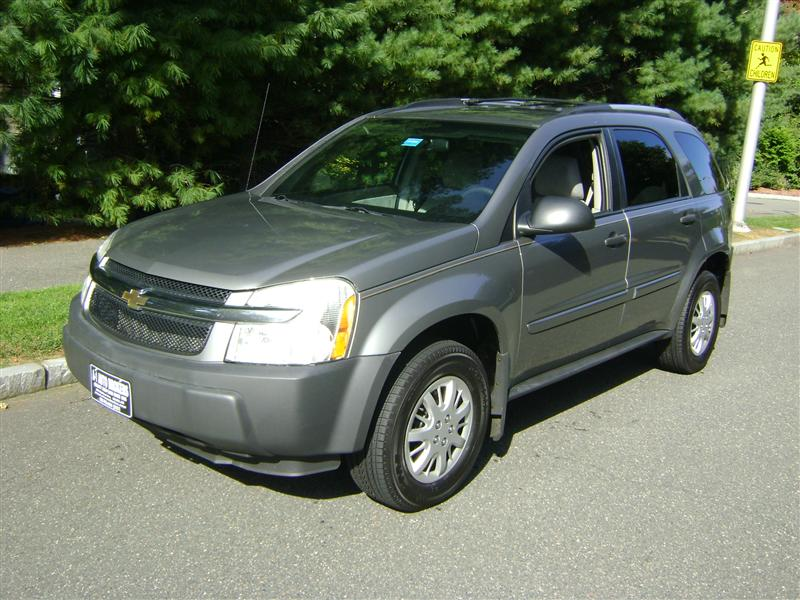 2005 chevrolet equinox ls for sale salem ma 4 cylinder gray id. Black Bedroom Furniture Sets. Home Design Ideas