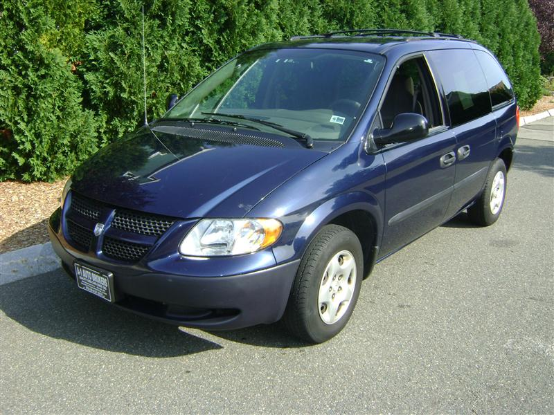 2003 dodge caravan se for sale salem ma 4 cylinder navy. Black Bedroom Furniture Sets. Home Design Ideas