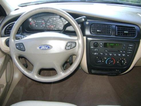 2000 Ford Taurus Se Burgandy M Ma