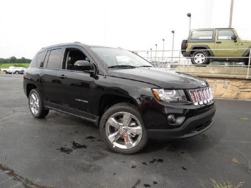 2014 jeep compass latitude for sale aurora mo 4 4 cylinder black id. Black Bedroom Furniture Sets. Home Design Ideas