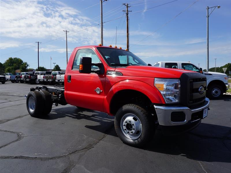 2016 ford super duty f 350 drw chassis cab xlt for sale republic mo 6 7l v 8 cyl cylinder race. Black Bedroom Furniture Sets. Home Design Ideas