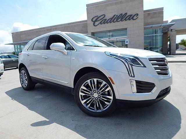 2017 cadillac xt5 premium luxury for sale oklahoma city ok 3 6l v6 cylinder radiant silver. Black Bedroom Furniture Sets. Home Design Ideas