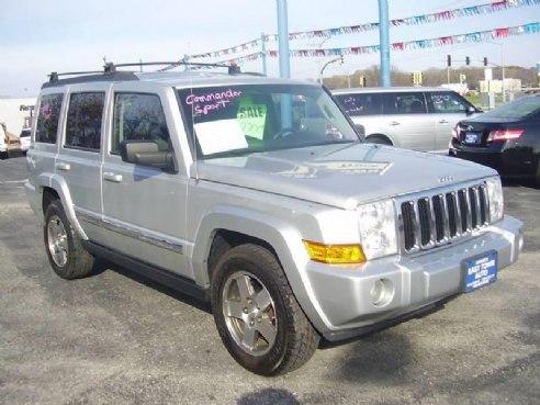 2010 jeep commander sport 4x4 4dr suv for sale green bay wi 3 7l v6 3 7l v6 cylinder silver. Black Bedroom Furniture Sets. Home Design Ideas