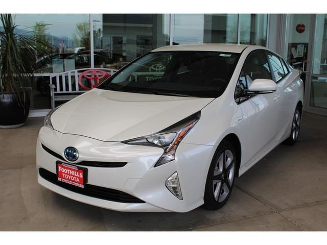 2017 toyota prius three touring for sale burlington wa 1 8l 4 cylinder dohc 16v vvt i 4. Black Bedroom Furniture Sets. Home Design Ideas