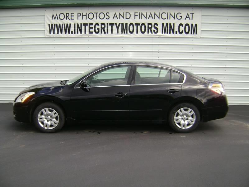 2010 nissan altima 2 5 s 4dr sedan for sale motley mn 2 for Motor oil for 2010 nissan altima