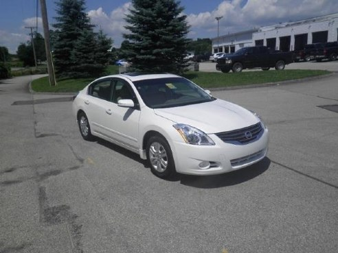 2012 Nissan Altima 4dr Sdn I4 CVT 2.5 SL Winter Frost Pearl, Somerset, PA
