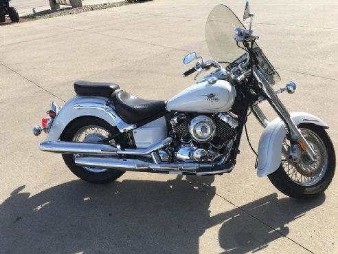 2007 Yamaha V Star 650 Classic – $ 2,999